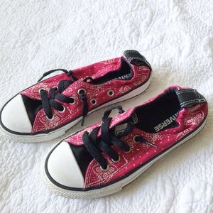 Converse Red Black Paisley Elastic Lace Up Sneaker